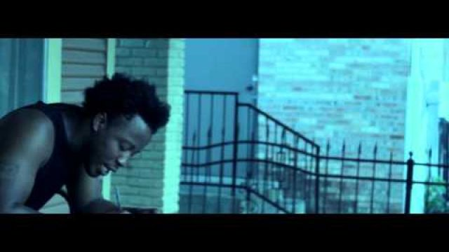 "STRAPAHOLIC ""STREET ENTERPRENEUR"" SHOT BY @YAWNFILMZ (canon t3i music video)"